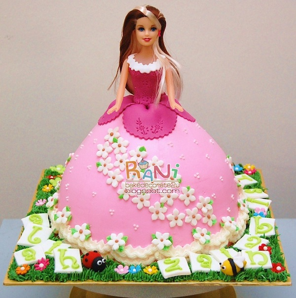 Doll Cake Images With Name : 100 best barbie doll theme princess birthday anniversary ...