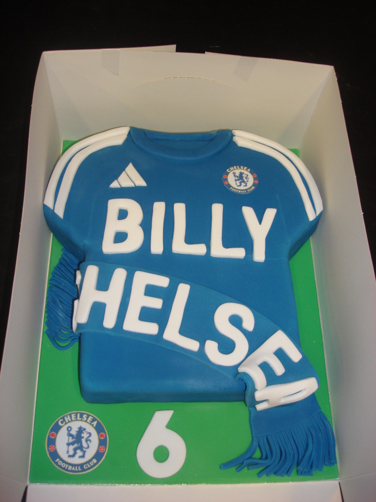 chelsea-football-team-logo-cakes-cupcakes-mumbai-18
