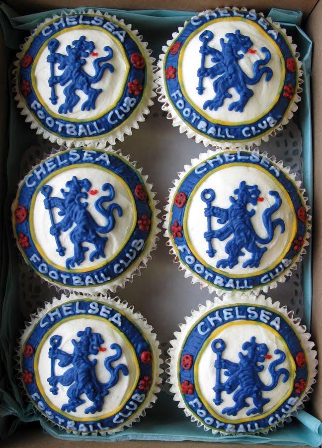 football-team-cupcakes1
