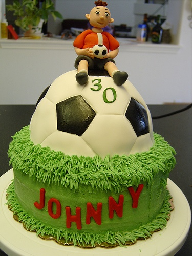 football-team-logo-cakes-cupcakes-mumbai-1