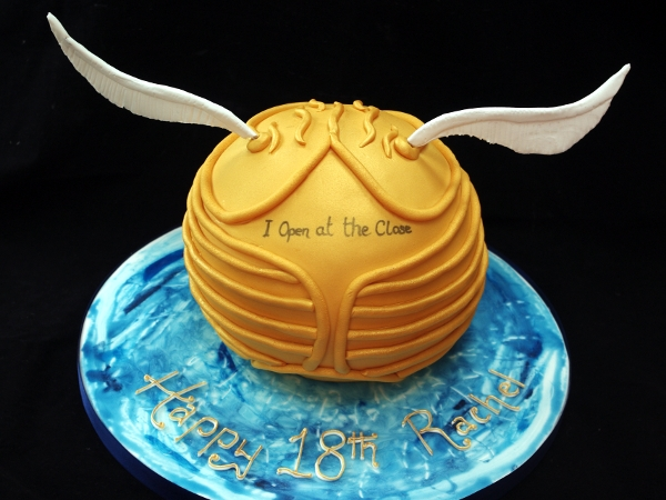 48 Harry Potter Birthday Cakes and Cupcakes | Cakes and Cupcakes ...