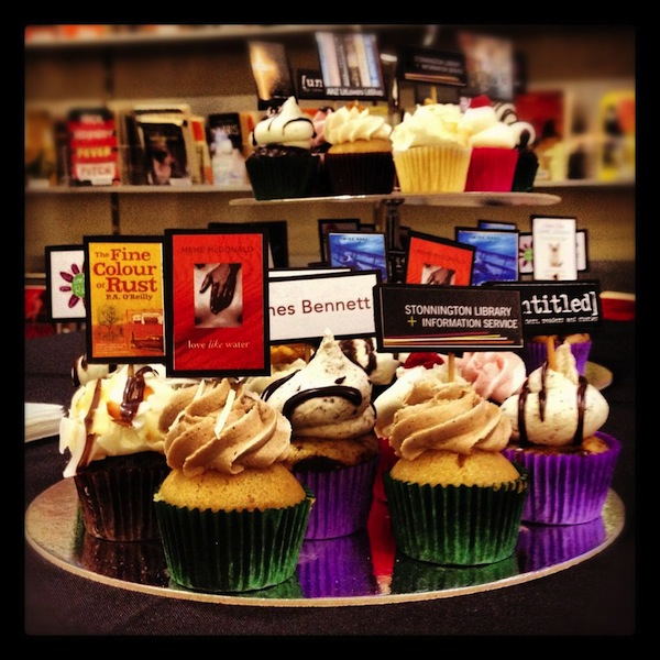 book-novels-lovers-cakes-cupcakes-mumbai-28