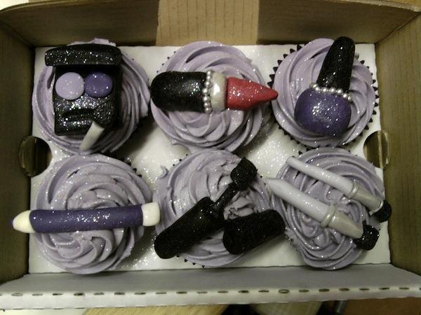 designer-bags-lv-gucci-prada-cakes-cupcakes-1