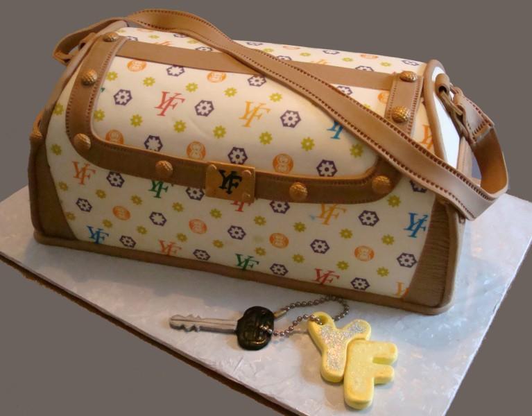 designer-bags-lv-gucci-prada-cakes-cupcakes-18