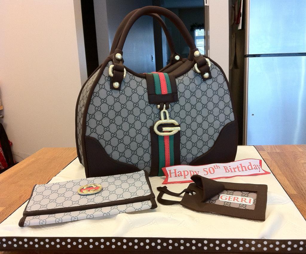 designer-bags-lv-gucci-prada-cakes-cupcakes-19