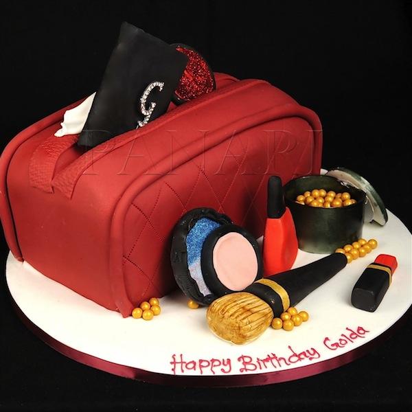 designer-bags-lv-gucci-prada-cakes-cupcakes-2
