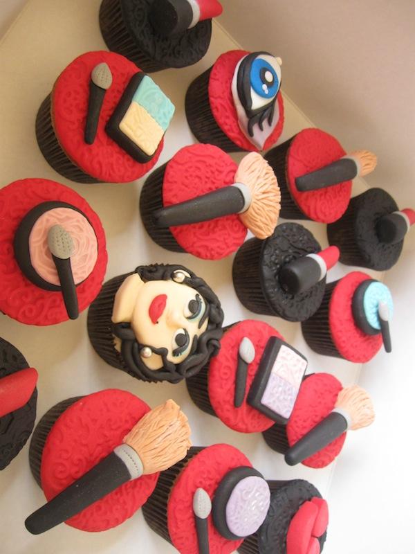 designer-bags-lv-gucci-prada-cakes-cupcakes-5