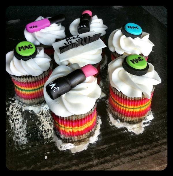 designer-bags-lv-gucci-prada-cakes-cupcakes-6
