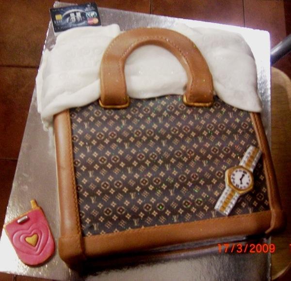 designer-bags-lv-gucci-prada-cakes-cupcakes-8