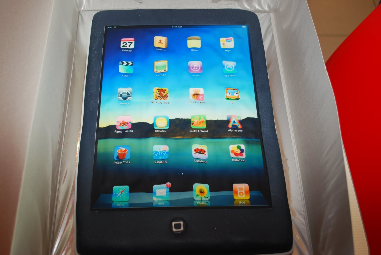 ipad-mobile-iphone-android-cakes-cupcakes-mumbai-9