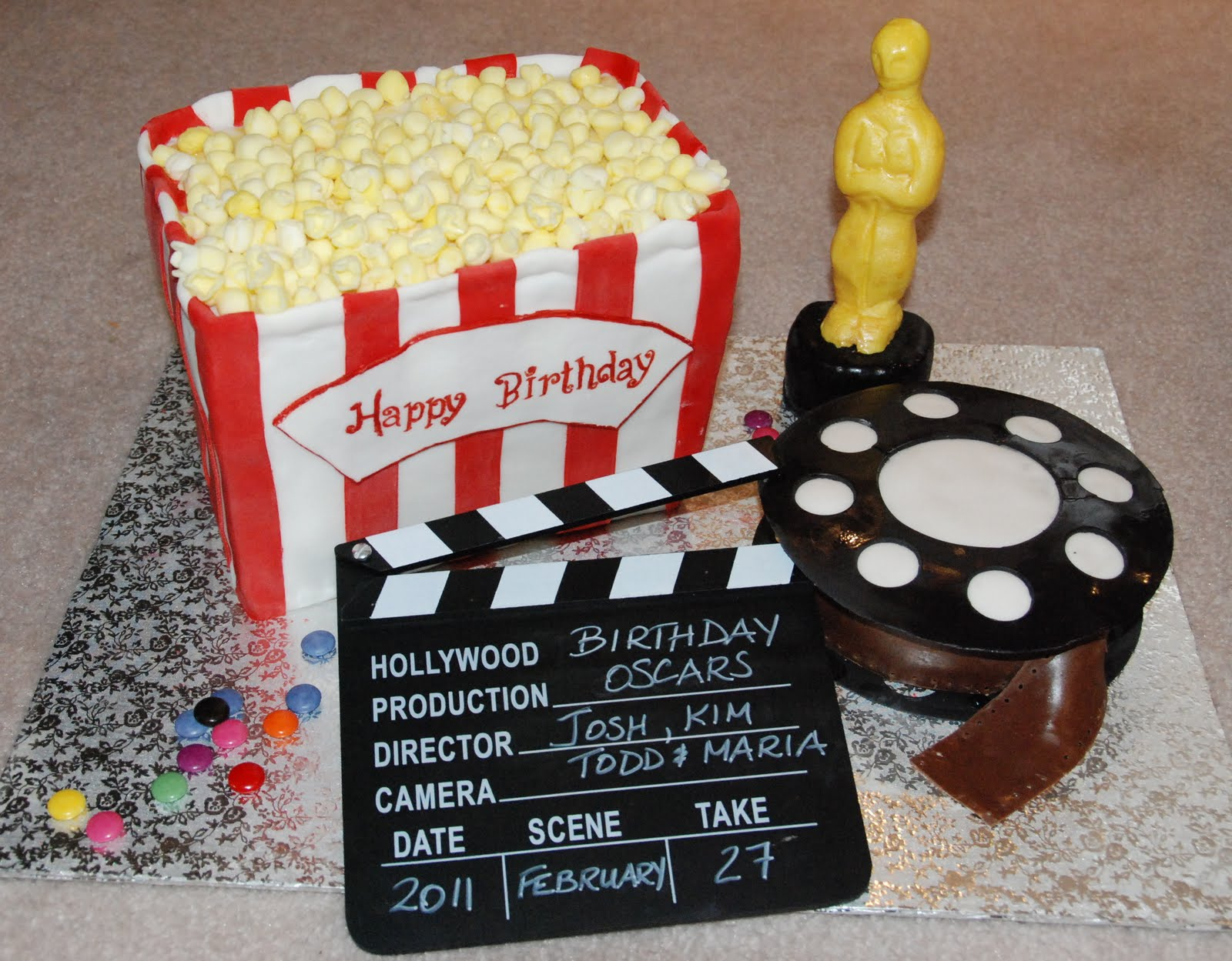 Movie Film Tv Theme Cakes Cupcakes Mumbai 15 on oscar cupcakes design
