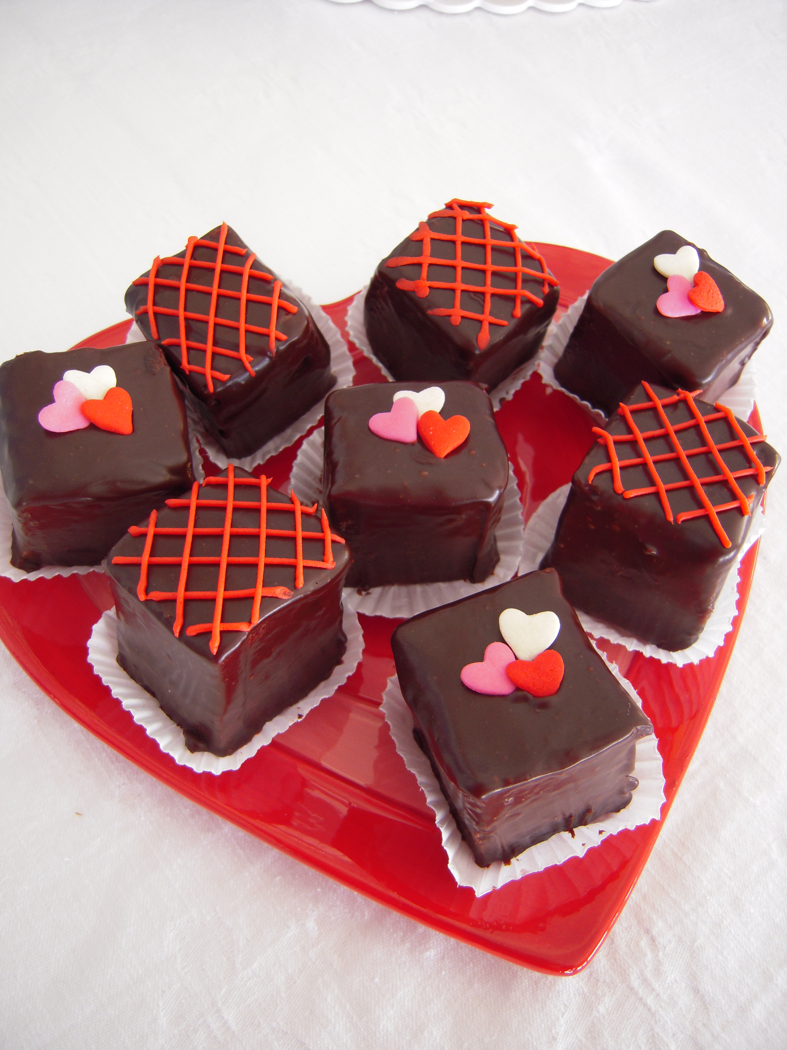 valentines-day-cakes-cupcakes-mumbai-17