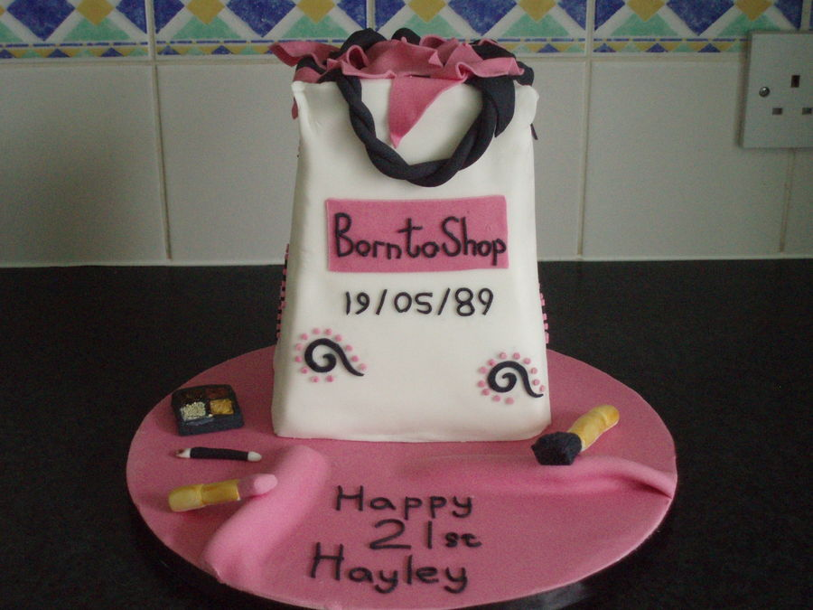 Shopaholic Born To Shop Shopping Theme Cakes Cupcakes