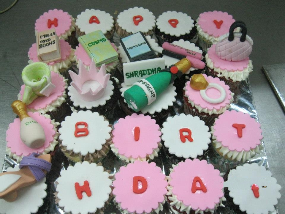 Customised Themed Cakes and Cupcakes June 2013