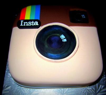 instagram-logo-technology-theme-cakes-cupcakes-mumbai-6