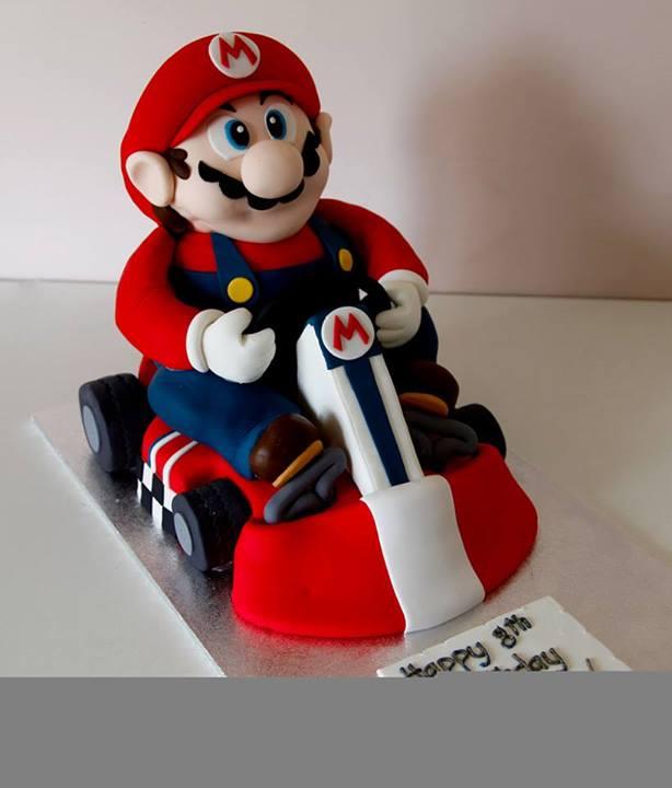 mario-cart-theme-cake