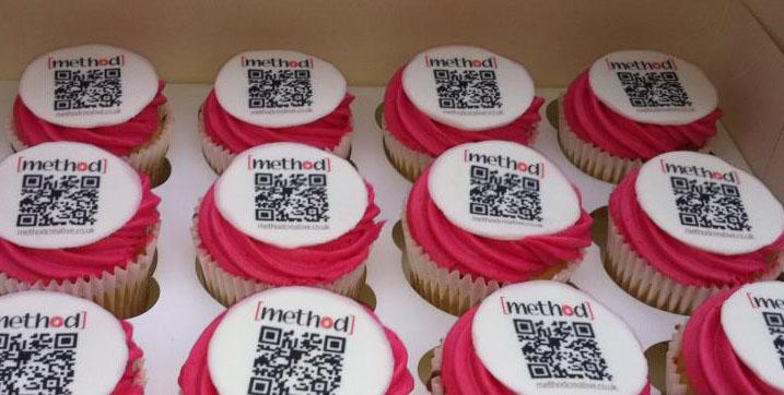 qr-code-technology-theme-cakes-cupcakes-mumbai-18