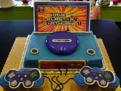 video-game0technology-theme-cakes-cupcakes-mumbai-29