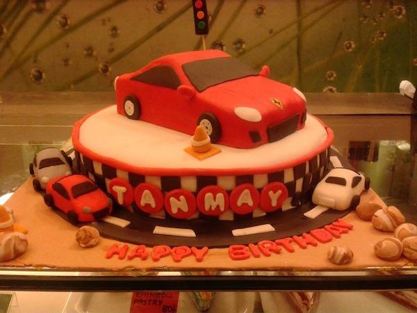 car-theme-cakes-cupcakes-mumbai-2013-28
