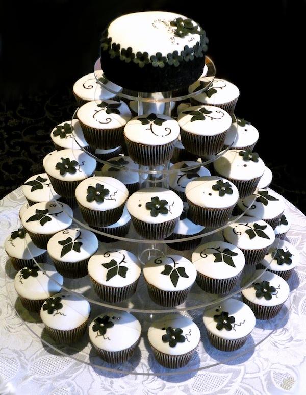 egagement-cakes-theme-best-cupcakes-mumbai-24