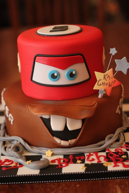 cars-movie-designer-cakes-cupcakes-mumbai-74