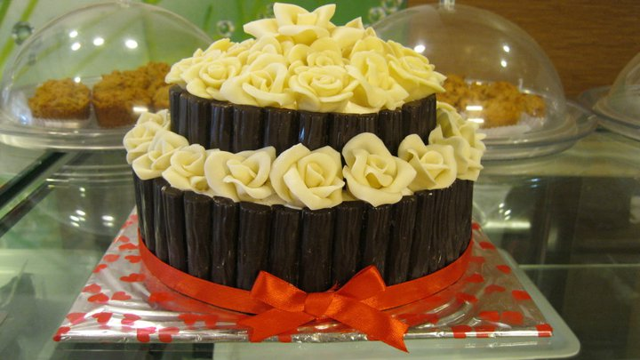 designer-cakes-cupcakes-mumbai-61