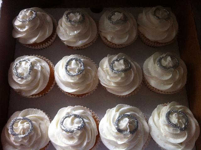 engagement-cupcakes-designer-cakes-cupcakes-mumbai-18