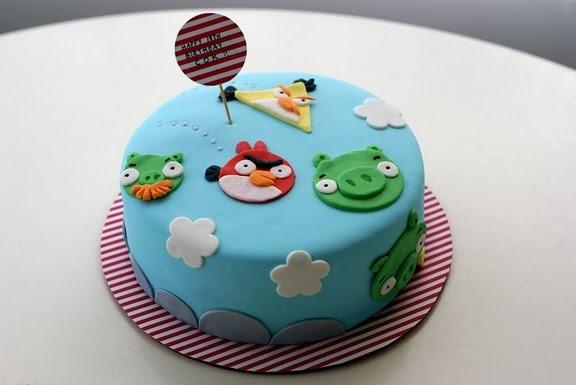 angry-birds-designer-theme-birthday-wedding-engagement-cakes-cupcakes-mumbai-17