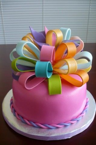 colourful-bow-ribbons-designer-theme-birthday-wedding-engagement-cakes-cupcakes-mumbai-26