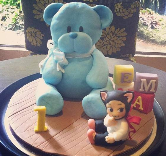 teddy-bear-alphabet-blocks-designer-theme-birthday-wedding-engagement-cakes-cupcakes-mumbai-38