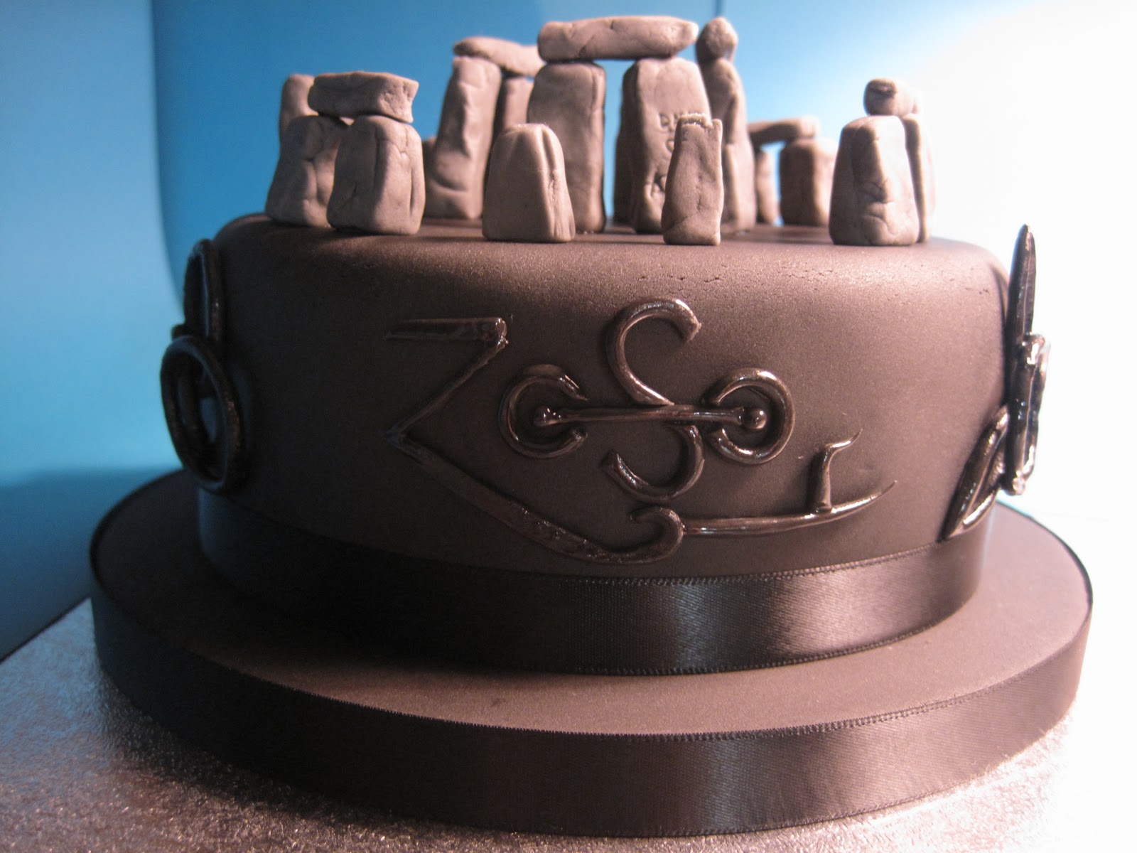led-zeppelin-music-theme-customised-cake