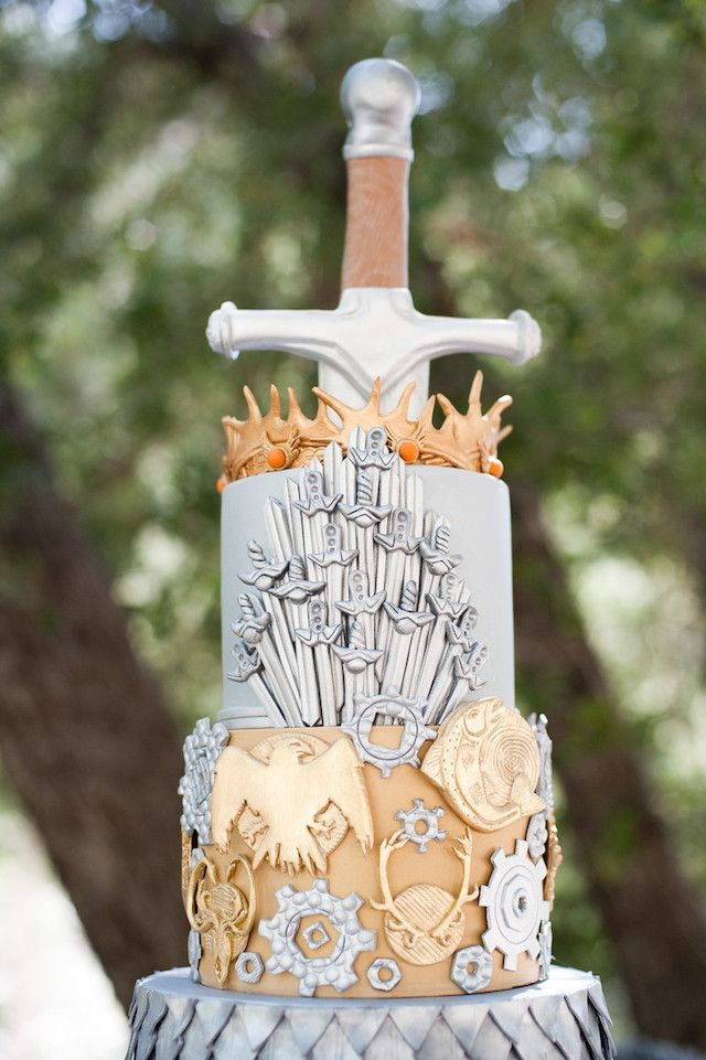 25-game-of-thrones-theme-designer-cakes-cupcakes-mumbai-28